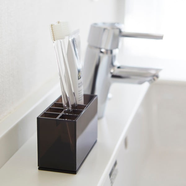 Czarny pojemnik na szczoteczki i pastę do zębów Yamazaki Veil