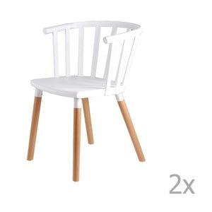 Zestaw 2 białych krzeseł z drewnianymi nogami sømcasa Jenna