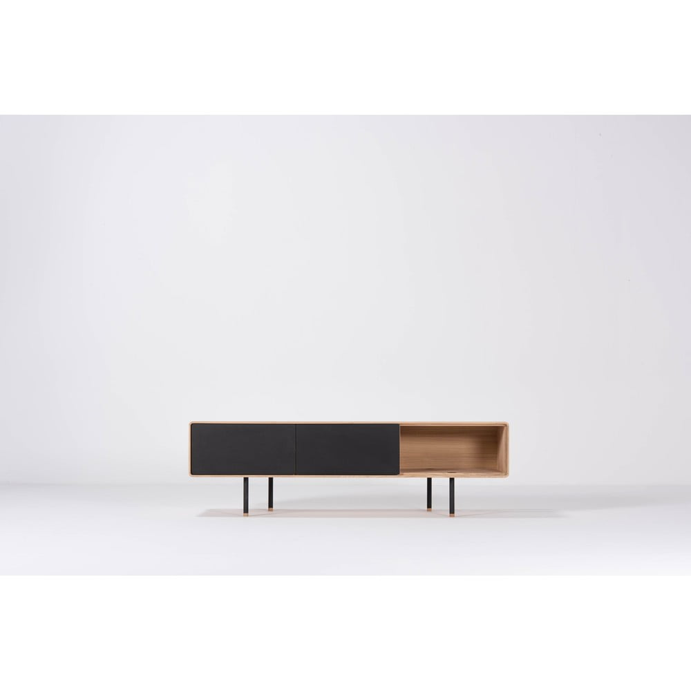 Czarna szafka pod TV z drewna dębowego Gazzda Nero, szer. 160 cm