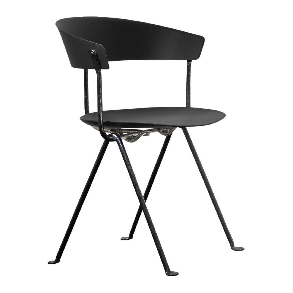 Czarne krzesło Magis Officina