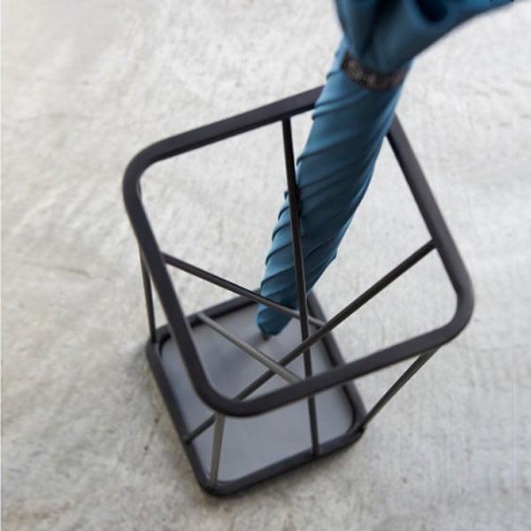 Czarny parasolnik Yamazaki 9 Square