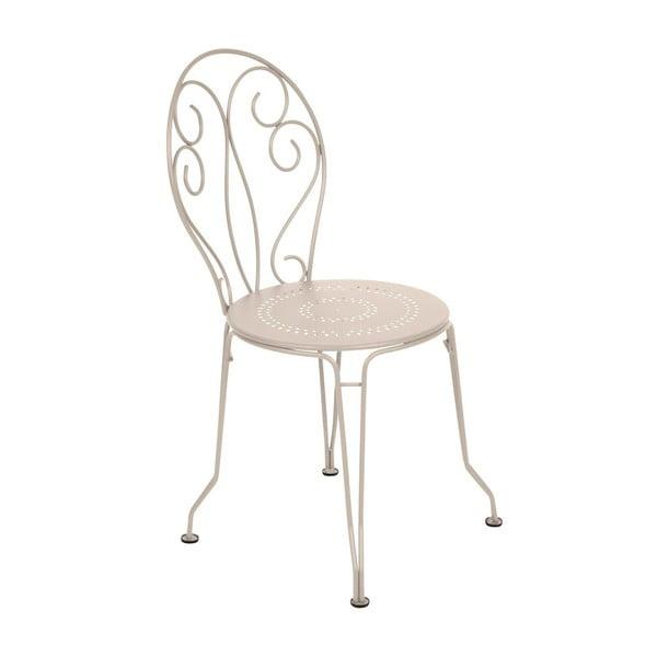 Kremowe krzesło metalowe Fermob Montmartre