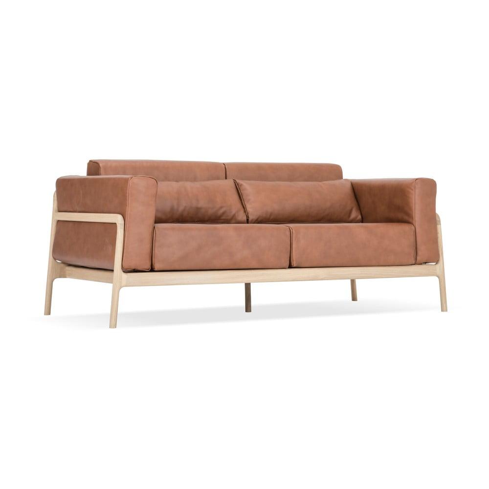 Karmelowa sofa z bawolej skóry z konstrukcją z litego drewna dębowego Gazzda Fawn, 180 cm