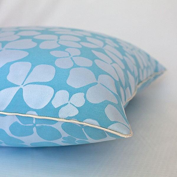 Poduszka z wypełnieniem Turquoise Flowers, 50x50 cm