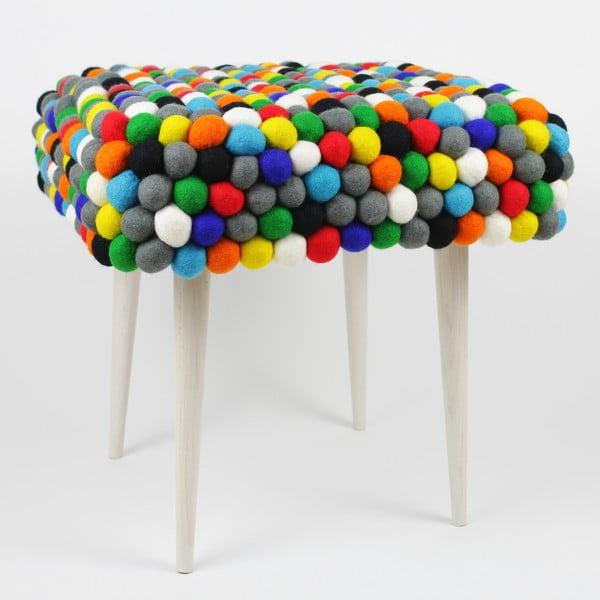 Ręcznie wykonany kulkowy stołek Happy Pills