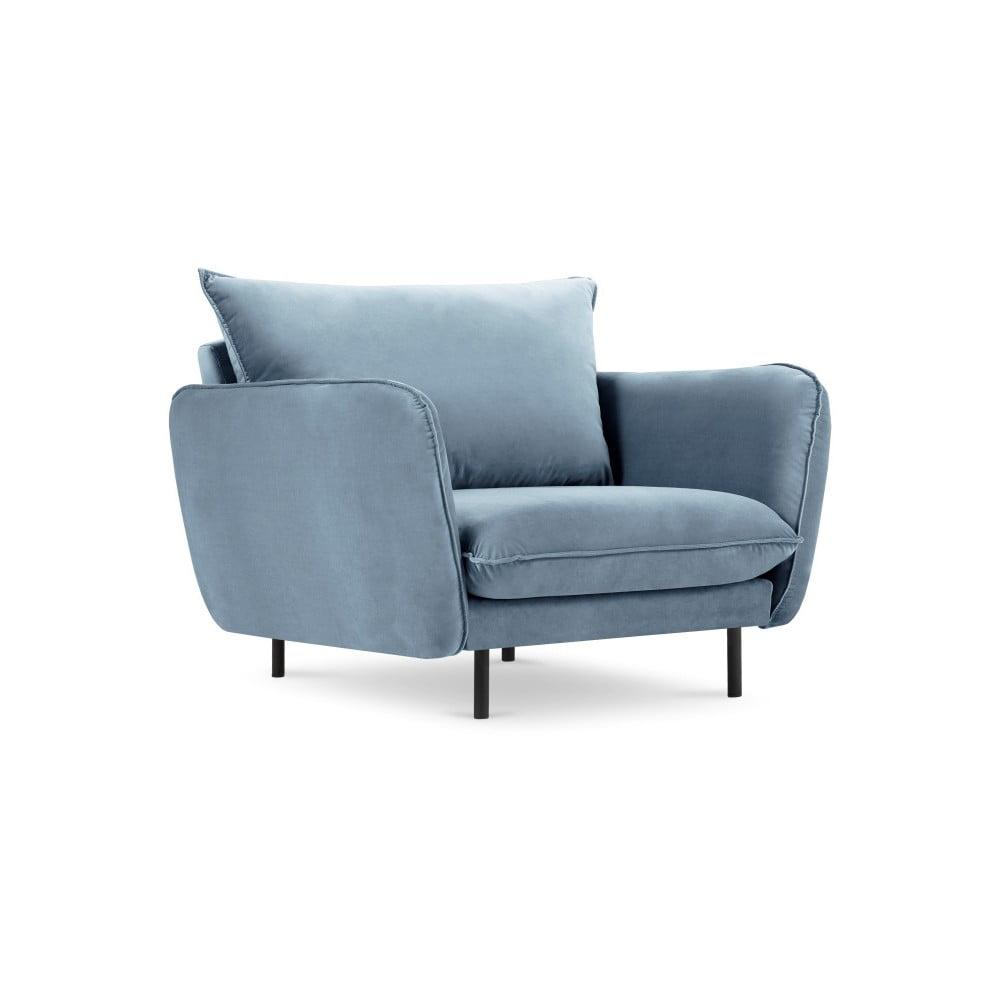 Jasnoniebieski aksamitny fotel Cosmopolitan Design Vienna