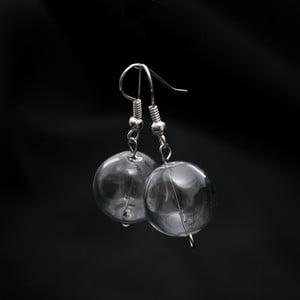 Kolczyki ze szklanymi koralami Ko–ra–le Crystal