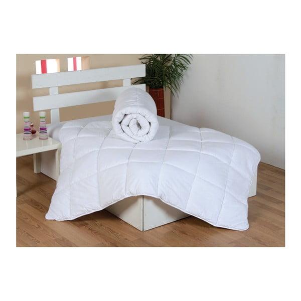Kołdra z mikrowłókna na podwójne łóżko Boya, 215x195cm