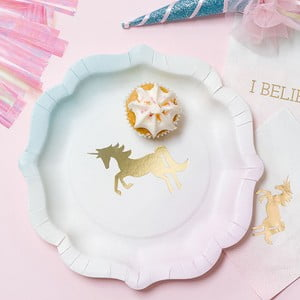 Biało-złoty talerzyk papierowy Talking Tables We Heart Unicorns