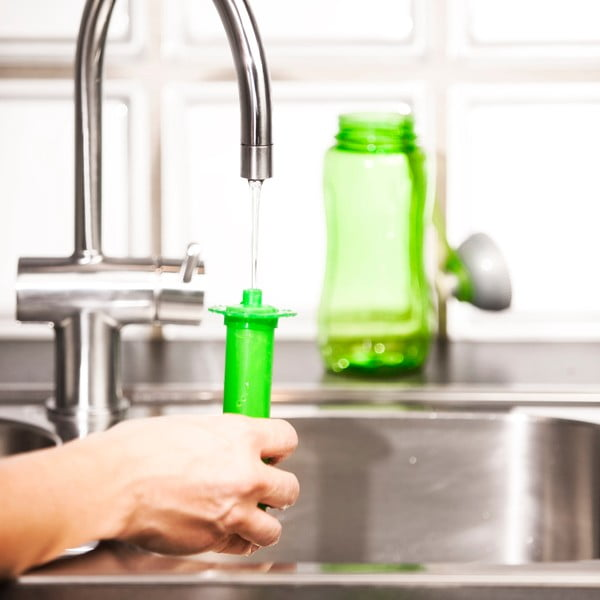Zielona butelka z wkładem chłodzącym Sagaform