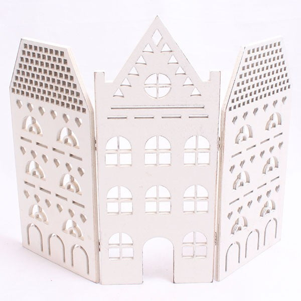 Dekoracyjny biały domek