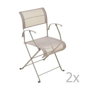 Zestaw 2 beżowych krzeseł składanych z podłokietnikami Fermob Dune