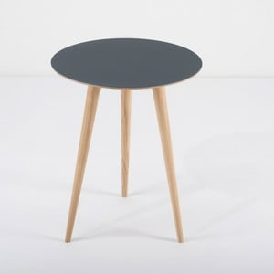 Dębowy stolik z niebieskim blatem Gazzda Arp, Ø45cm